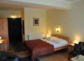 Adler Hotel es Etterem